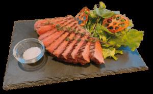 柔らか熟成牛モモ肉ステーキ